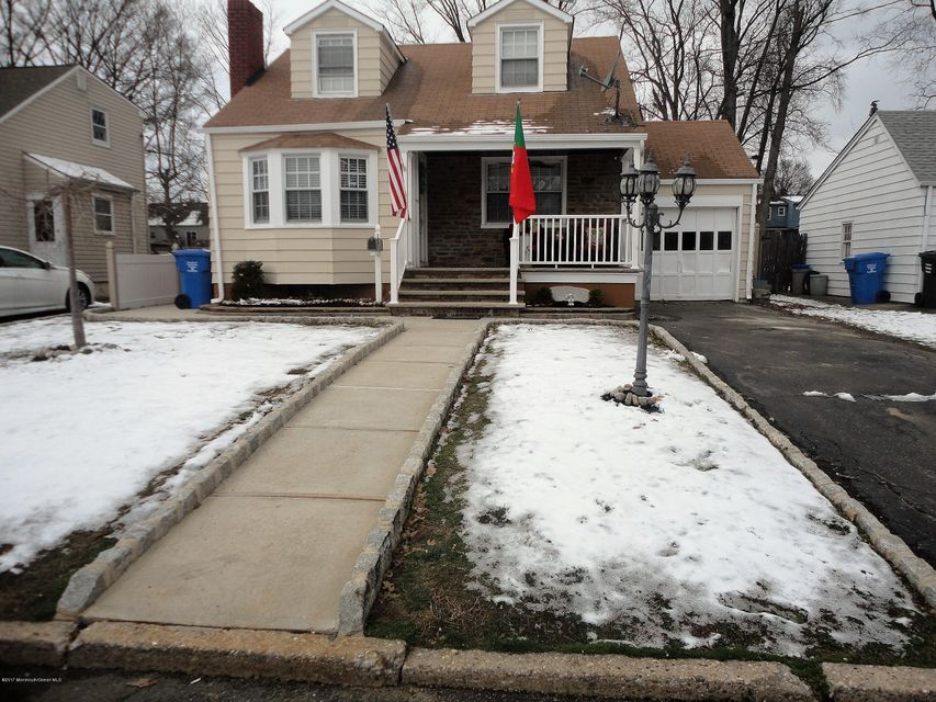 Single Family Home for Sale at 493 Woodbridge Avenue Avenel, New Jersey 07001 United States