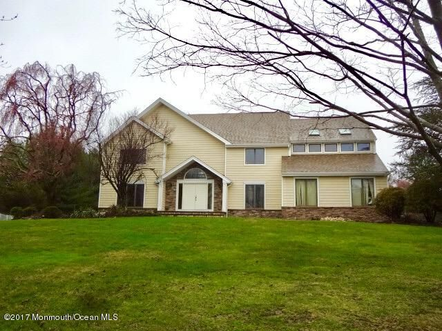 独户住宅 为 出租 在 19 Riverside Lane 霍木德尔镇, 新泽西州 07733 美国
