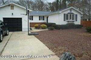 Casa Unifamiliar por un Alquiler en 409 Pine Tree Drive Forked River, Nueva Jersey 08731 Estados Unidos