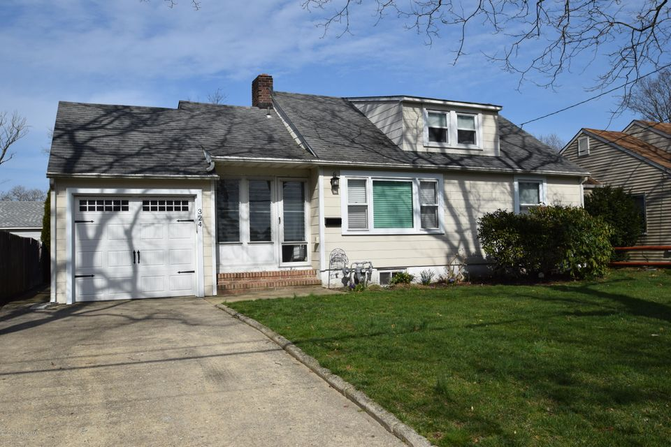 Single Family Home for Rent at 324 Cedar Avenue Manasquan, New Jersey 08736 United States