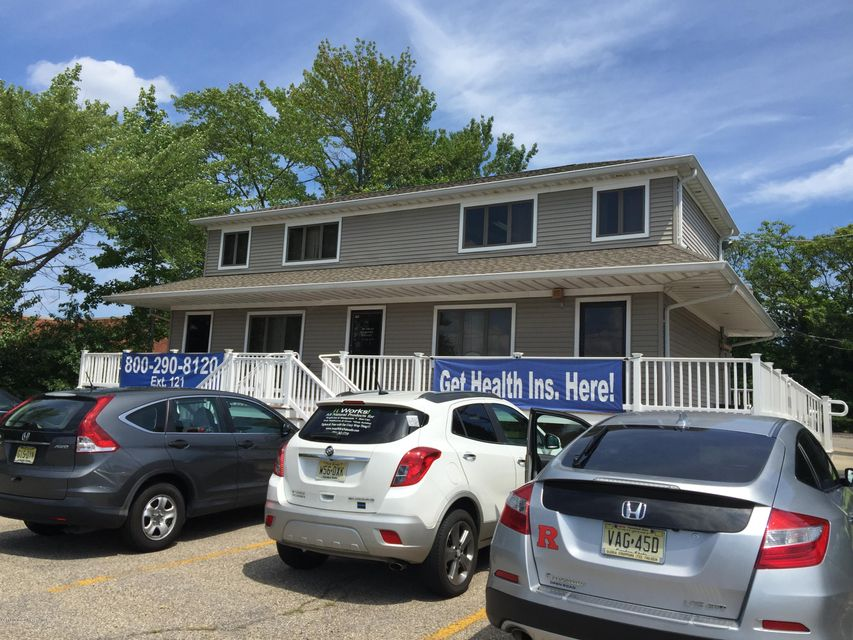 Commercial for Sale at 170 Us Highway 9 Englishtown, 07726 United States
