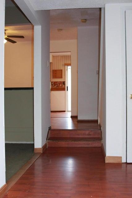 独户住宅 为 出租 在 14 Dogwood Court Jamesburg, 新泽西州 08831 美国