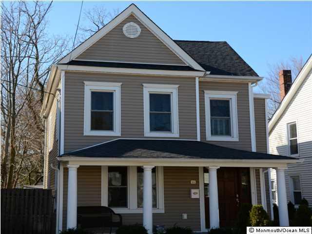 独户住宅 为 出租 在 84 Linden Place 雷德班克, 新泽西州 07701 美国