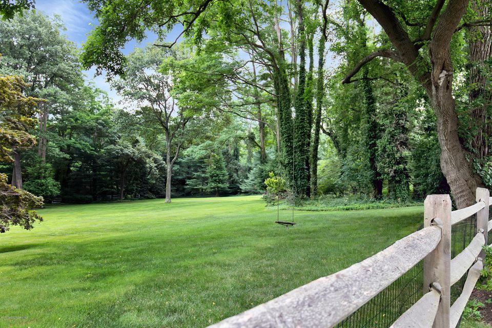 Additional photo for property listing at 122 Browns Dock Road 122 Browns Dock Road Atlantic Highlands, Nueva Jersey 07716 Estados Unidos