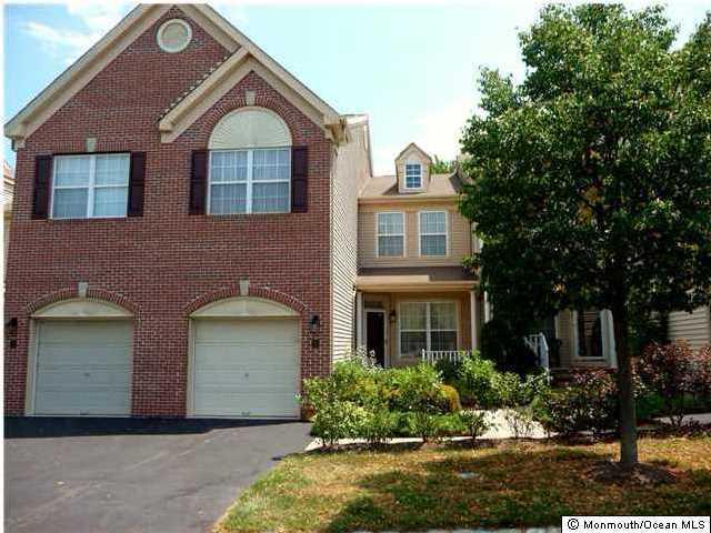 Appartement en copropriété pour l à louer à 35 Banyan Boulevard Holmdel, New Jersey 07733 États-Unis