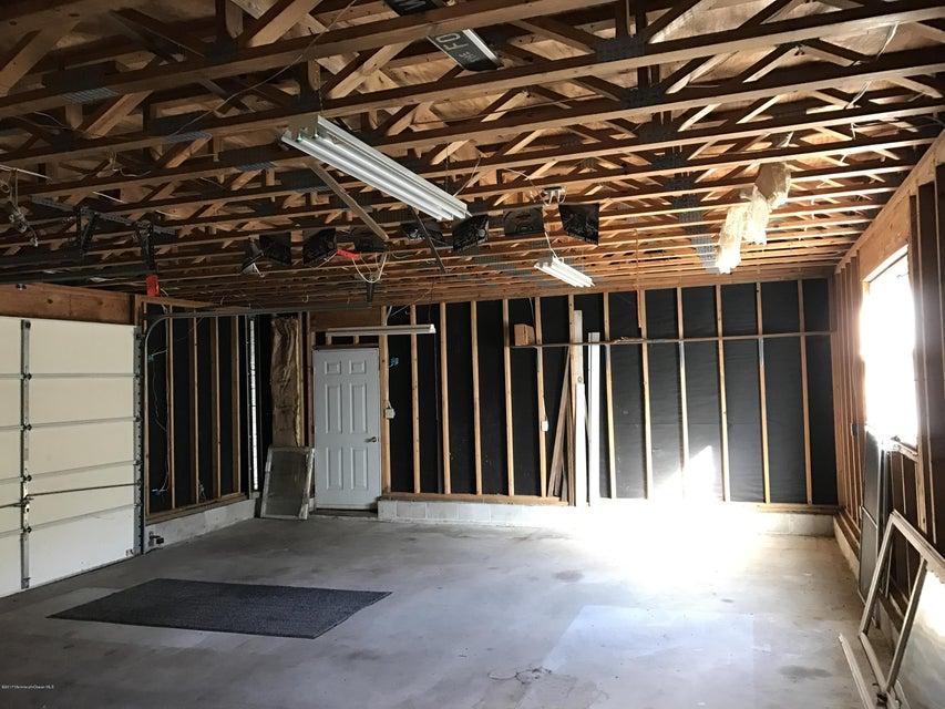 Additional photo for property listing at 783 Monmouth Road  Cream Ridge, Nueva Jersey 08514 Estados Unidos