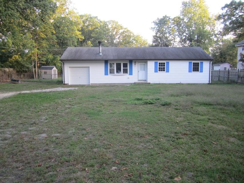 Maison unifamiliale pour l à louer à 143 4th Street Howell, New Jersey 07731 États-Unis