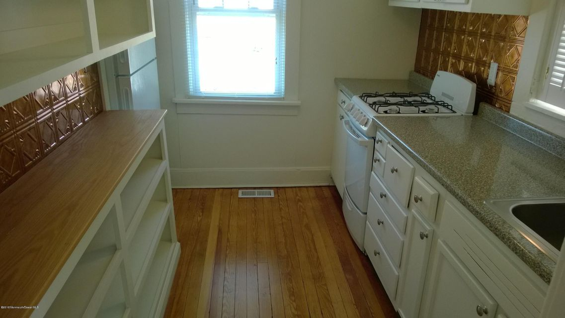 Maison unifamiliale pour l à louer à 108 Longboat Avenue Beachwood, New Jersey 08722 États-Unis
