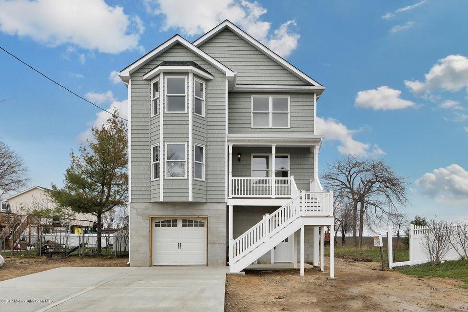 独户住宅 为 销售 在 143 Henry Street 尤宁海滩, 07735 美国