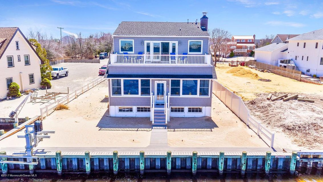 Single Family Home for Sale at 33 Seabright Avenue Bayville, New Jersey 08721 United States