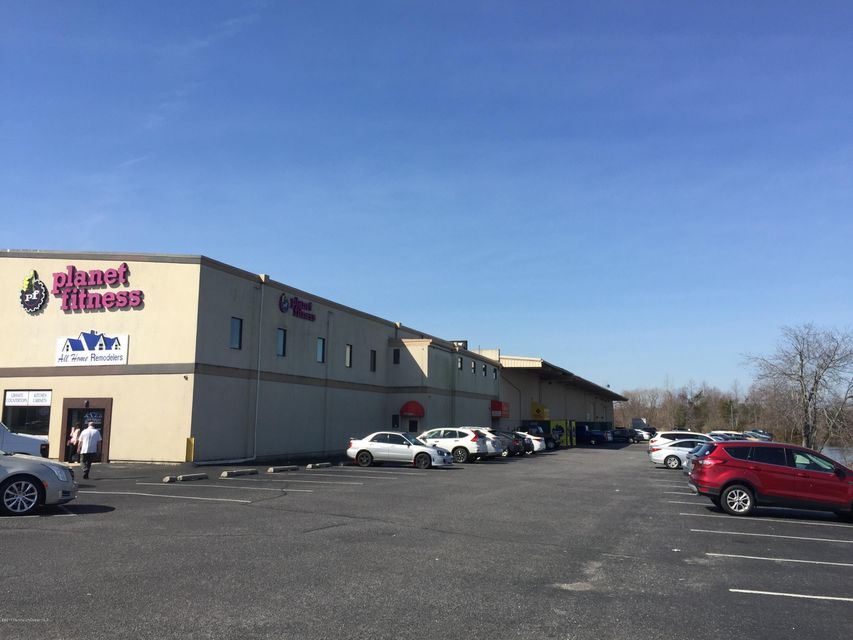 Commercial for Sale at 1 River Place 1 River Place Toms River, New Jersey 08757 United States