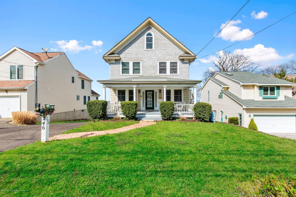 Photo of home for sale at 246 Navesink Avenue Avenue, Highlands NJ