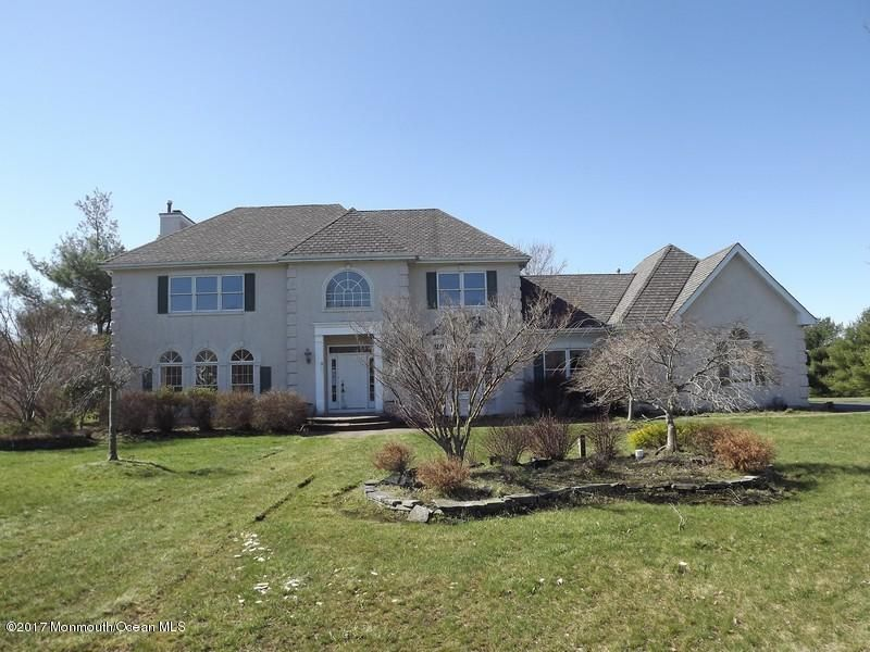 Single Family Home for Sale at 9 Van Arsdale Circle Perrineville, New Jersey 08535 United States