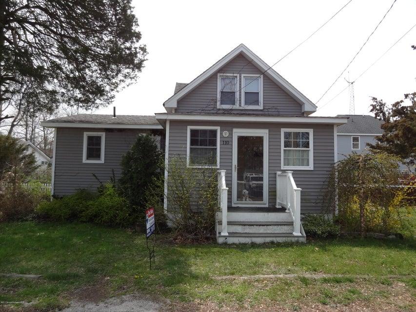 110 E Point Pleasant Avenue, Ocean Gate, NJ 08740