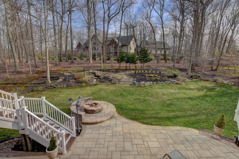 040_Backyard
