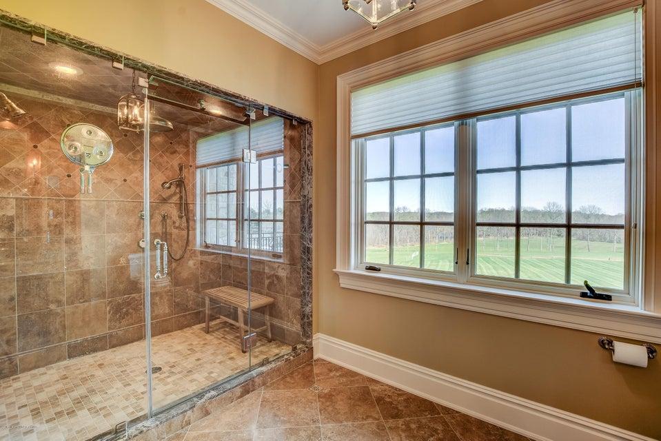 042_Master Bedroom Shower-His