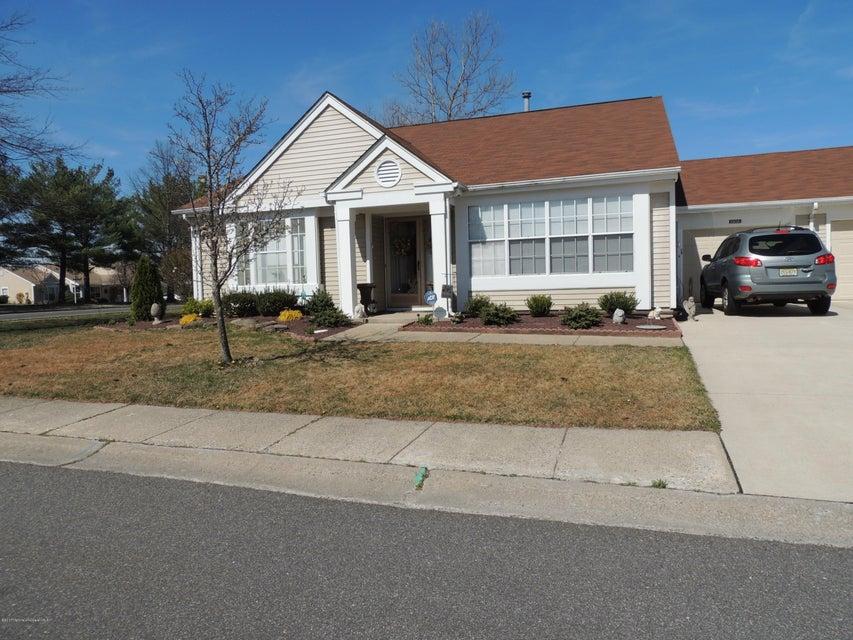 Casa Unifamiliar por un Alquiler en 1110 Buckingham Drive Manchester, Nueva Jersey 08759 Estados Unidos