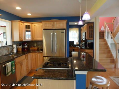 Single Family Home for Sale at 20 Carroll Avenue Tuckerton, 08087 United States