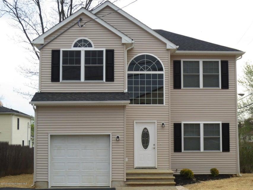 Maison unifamiliale pour l Vente à 147 County Road Cliffwood, New Jersey 07721 États-Unis