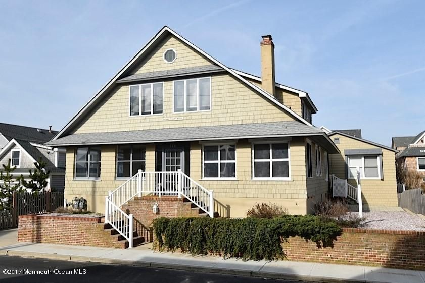 Single Family Home for Sale at 228 East Avenue Bay Head, New Jersey 08742 United States