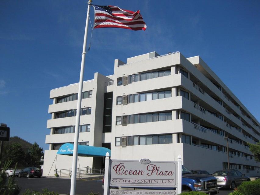 Appartement en copropriété pour l à louer à 525 Ocean Boulevard 525 Ocean Boulevard Long Branch, New Jersey 07740 États-Unis