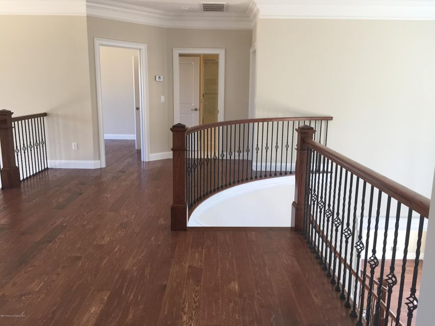 Additional photo for property listing at 251 Monmouth Avenue  Atlantic Highlands, New Jersey 07716 États-Unis