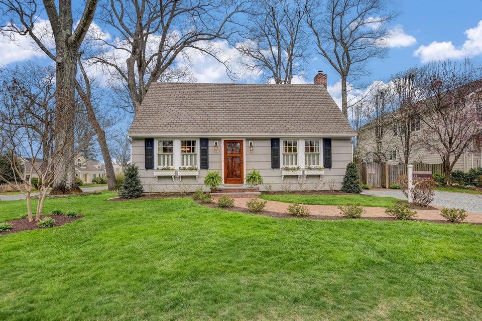Casa Unifamiliar por un Alquiler en 21 Center Street Rumson, Nueva Jersey 07760 Estados Unidos