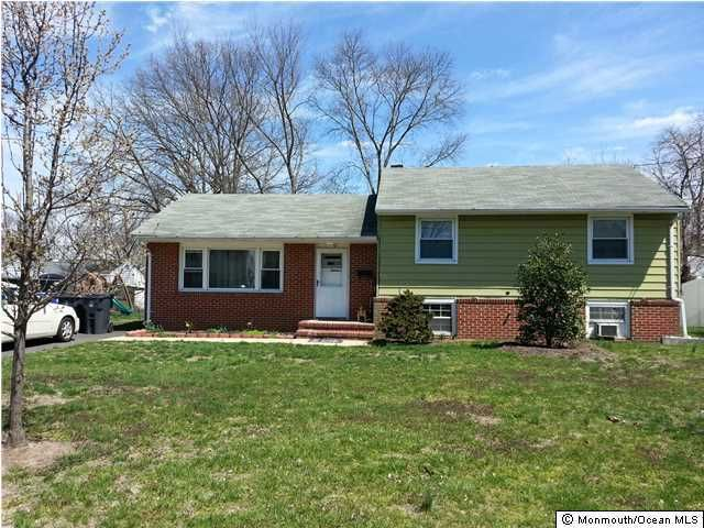 Single Family Home for Rent at 527 Hollywood Avenue Toms River, 08753 United States