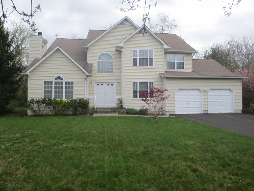 Single Family Home for Sale at 6 Simon Court Piscataway, New Jersey 08854 United States