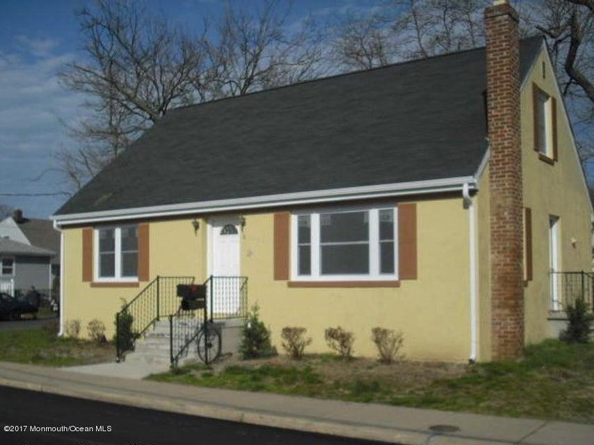 Maison unifamiliale pour l à louer à 8 Vogel Street Keansburg, New Jersey 07734 États-Unis