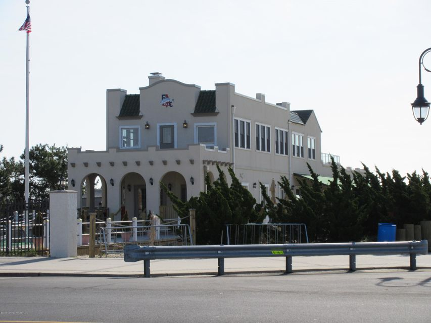 Additional photo for property listing at 1501 Ocean Avenue  Belmar, New Jersey 07719 États-Unis