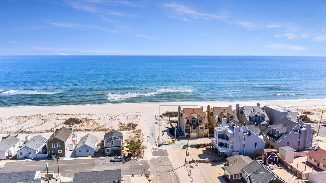 Single Family Home for Sale at 16 Island Dunes Drive South Seaside Park, 08752 United States