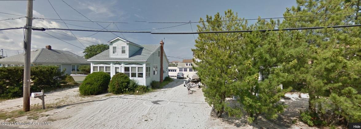 Casa Unifamiliar por un Venta en 15 83rd Street Harvey Cedars, Nueva Jersey 08008 Estados Unidos