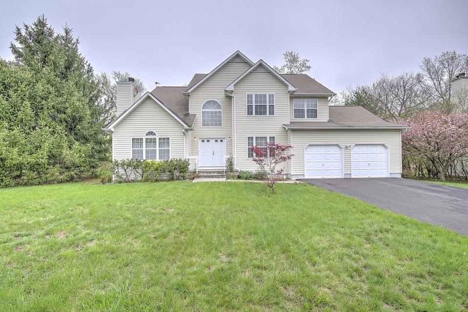 独户住宅 为 销售 在 6 Simon Court Piscataway, 新泽西州 08854 美国