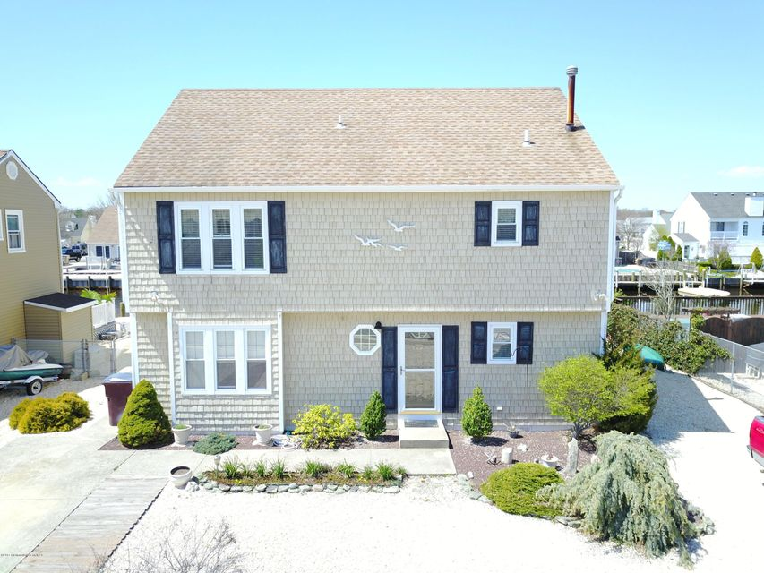 Single Family Home for Sale at 84 Windjammer Court Berkeley, New Jersey 08721 United States