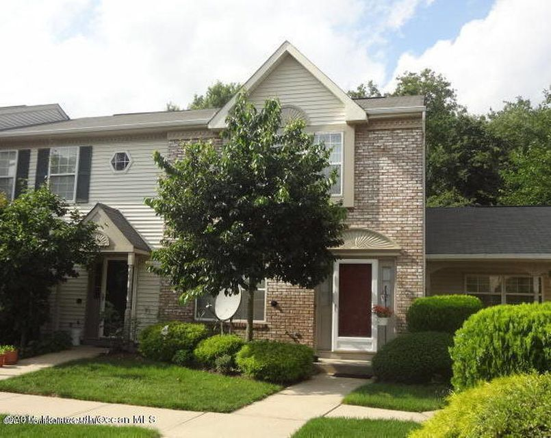 共管式独立产权公寓 为 出租 在 76 Arlington Court 霍木德尔镇, 新泽西州 07733 美国