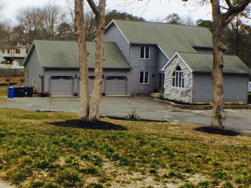 Single Family Home for Sale at 42 Ross Court Manahawkin, New Jersey 08050 United States