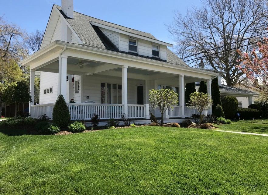 Casa Unifamiliar por un Venta en 106 Fletcher Lake Avenue Bradley Beach, Nueva Jersey 07720 Estados Unidos