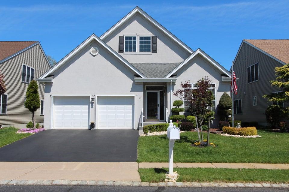 独户住宅 为 销售 在 6 Salter Court 英语城, 新泽西州 07726 美国