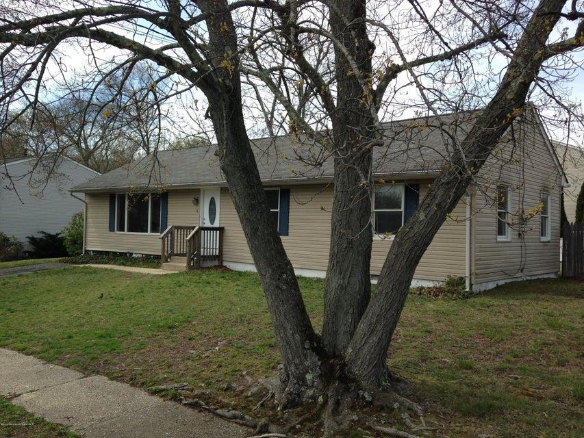 Maison unifamiliale pour l à louer à 9 Spray Boulevard Neptune, New Jersey 07753 États-Unis