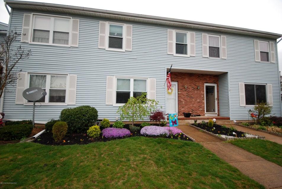 Casa Unifamiliar por un Venta en 77 Brookview Circle Jamesburg, Nueva Jersey 08831 Estados Unidos