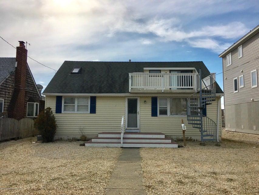 Maison unifamiliale pour l à louer à 356 5th Street 356 5th Street Surf City, New Jersey 08008 États-Unis