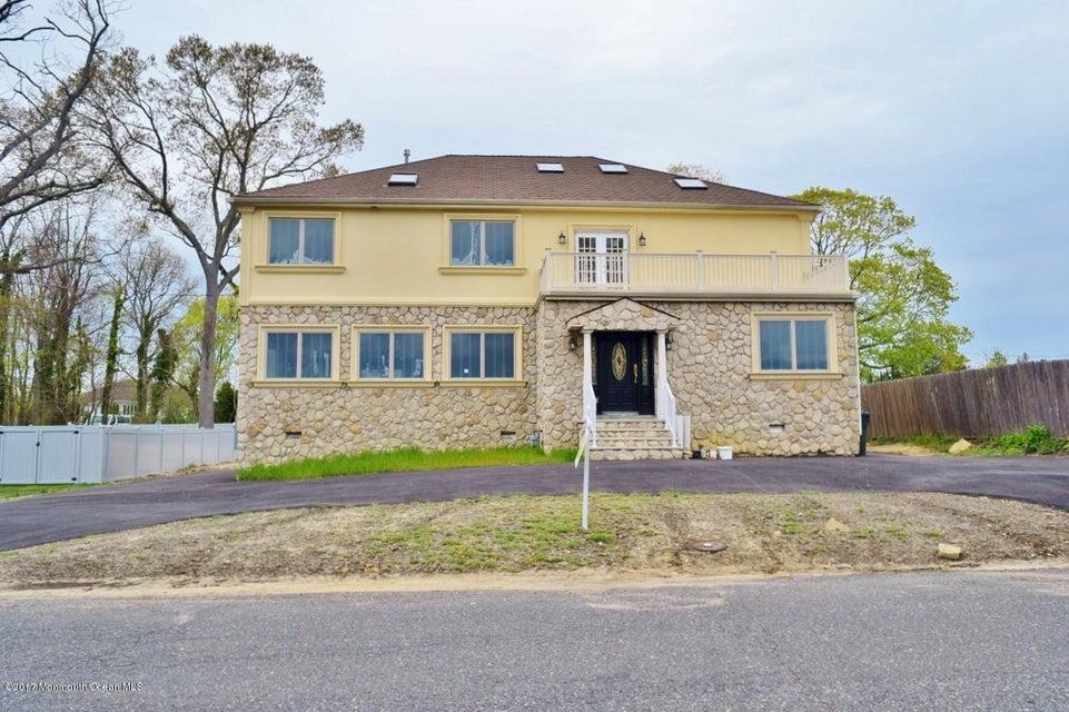 独户住宅 为 销售 在 4 Berger Avenue Oakhurst, 07755 美国