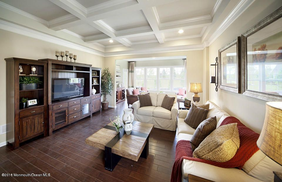 独户住宅 为 销售 在 34 Bromley Lane 曼彻斯特, 08759 美国