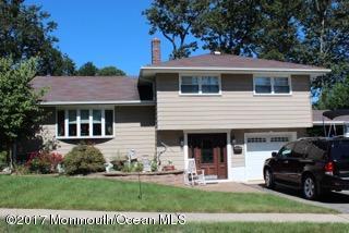 Maison unifamiliale pour l Vente à 10 Oakland Road Jamesburg, New Jersey 08831 États-Unis