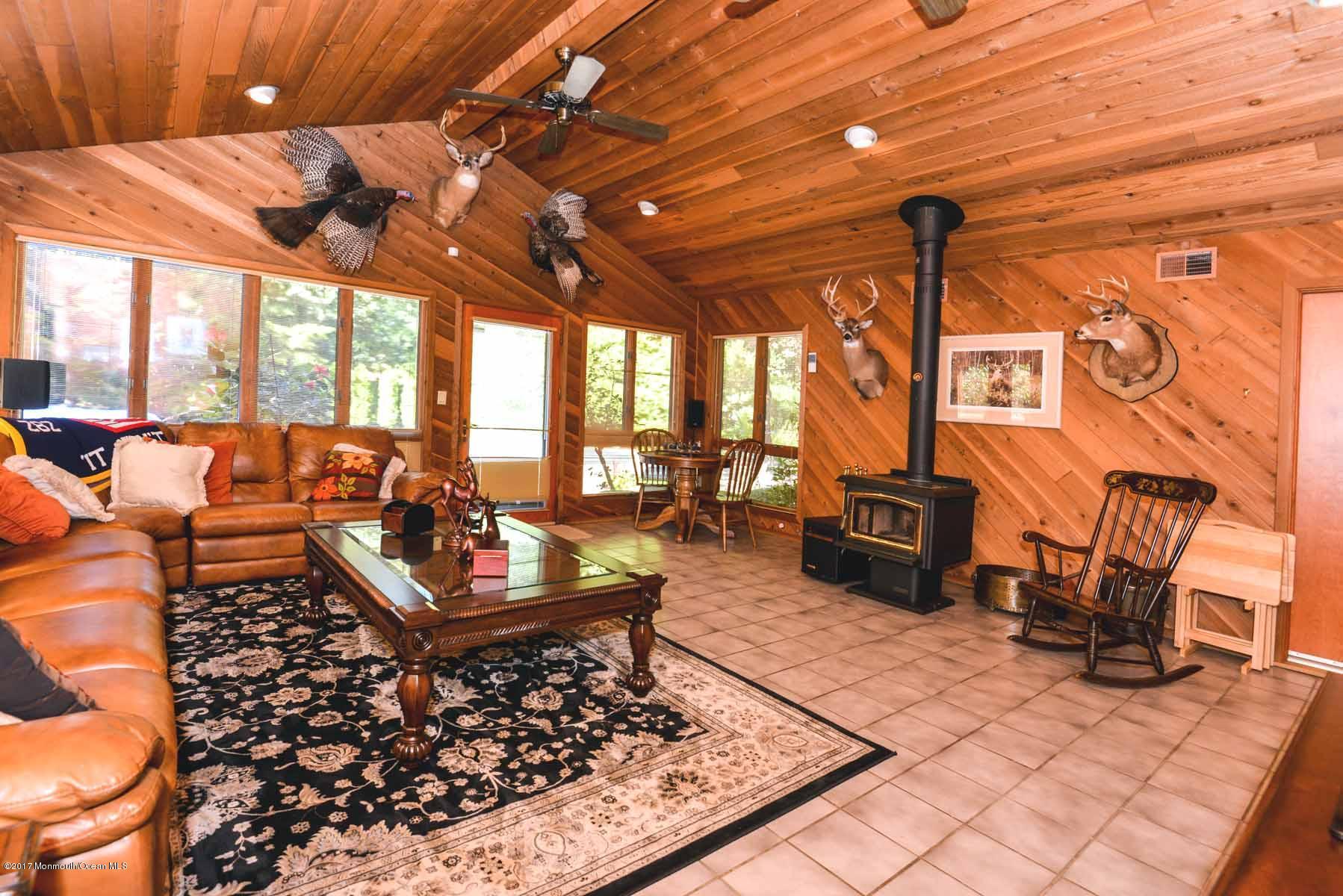 Additional photo for property listing at 539 Fielders Lane  Toms River, Nueva Jersey 08755 Estados Unidos