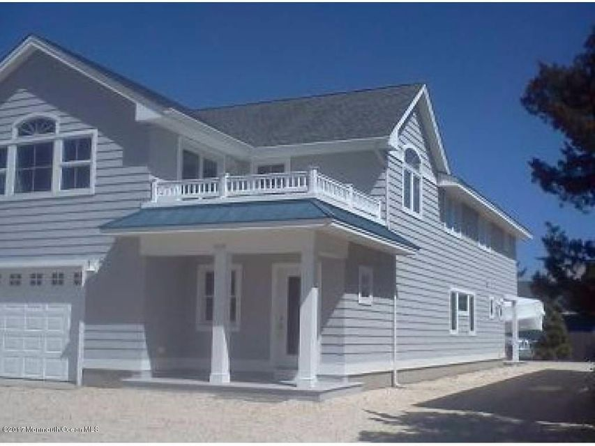 Single Family Home for Sale at 908 Central Avenue Barnegat Light, New Jersey 08006 United States