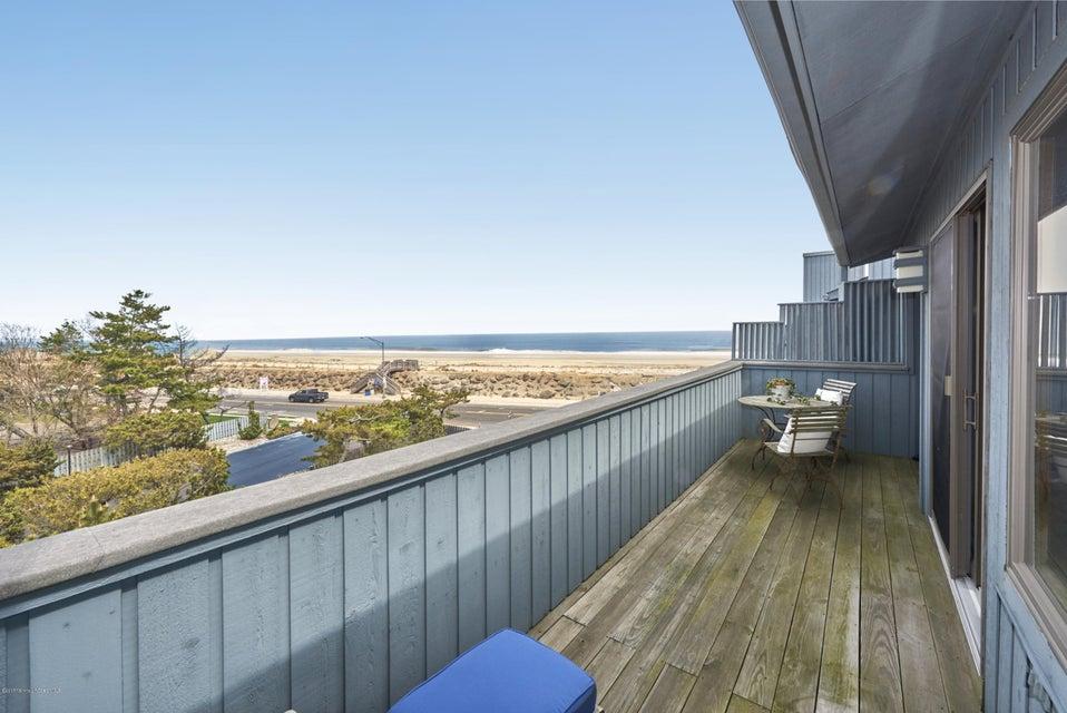 1566 Ocean Avenue 46, Sea Bright, NJ 07760