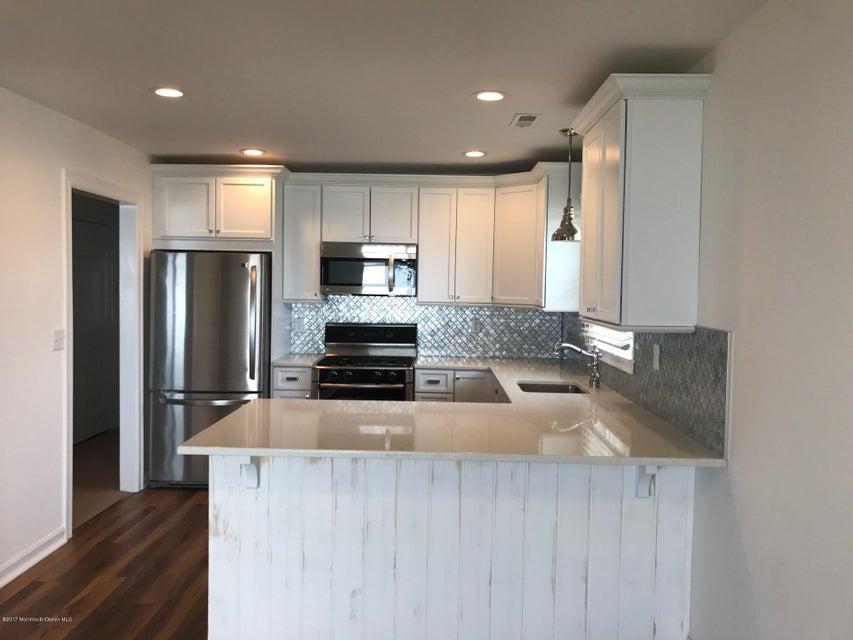 Appartement en copropriété pour l à louer à 324 Shore Drive Highlands, New Jersey 07732 États-Unis