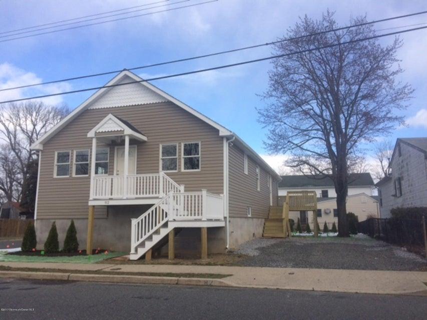 Maison unifamiliale pour l Vente à 82 Bray Avenue North Middletown, New Jersey 07748 États-Unis